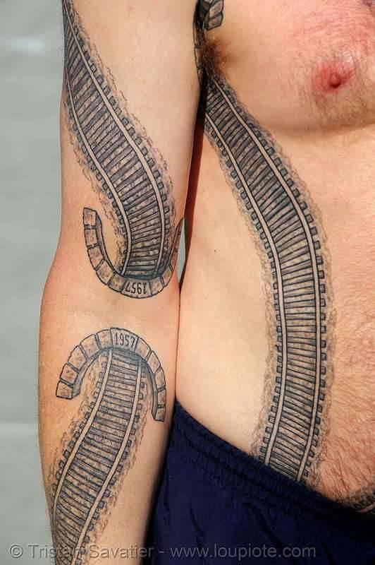 Kolejowy tatuaż 4