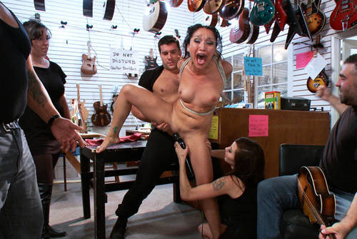 Vicki Chase - Ass Fisted in a Guitar Shop - Kink/ PublicDisgrace (2012/ HD 720p)