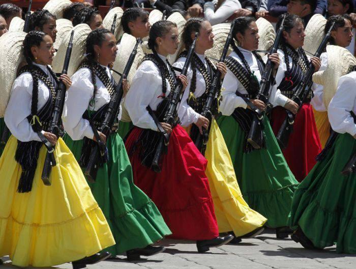 Kobiety w mundurach 12