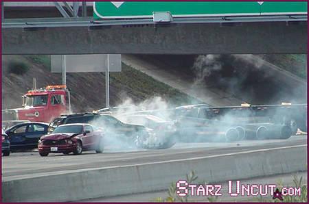 'Que paso ayer 3' :Zach estrella un auto en el rodaje