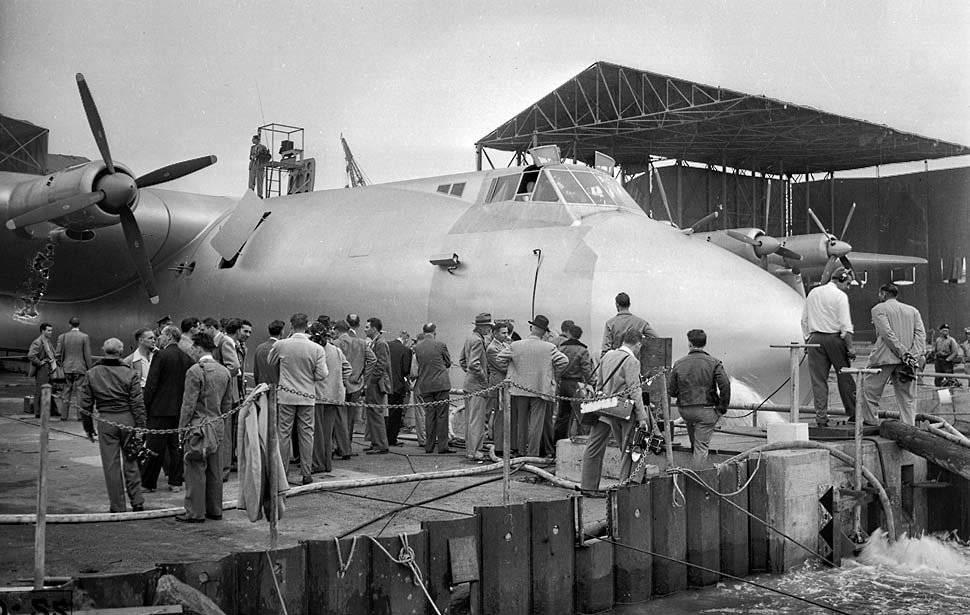 Największy hydroplan 24