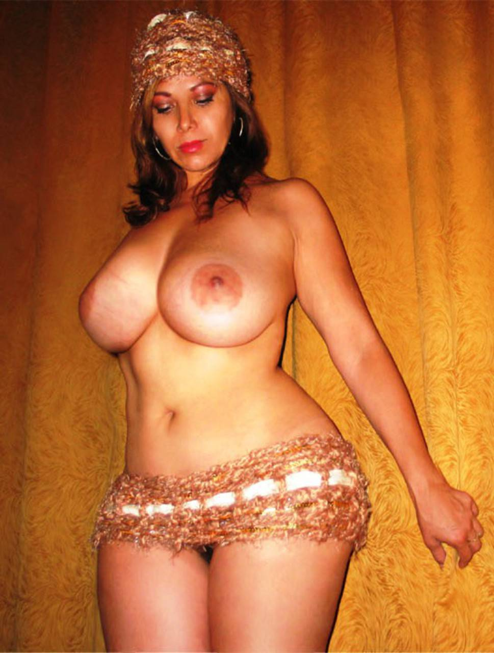 Фото больших жоп и маленькой груди 16 фотография