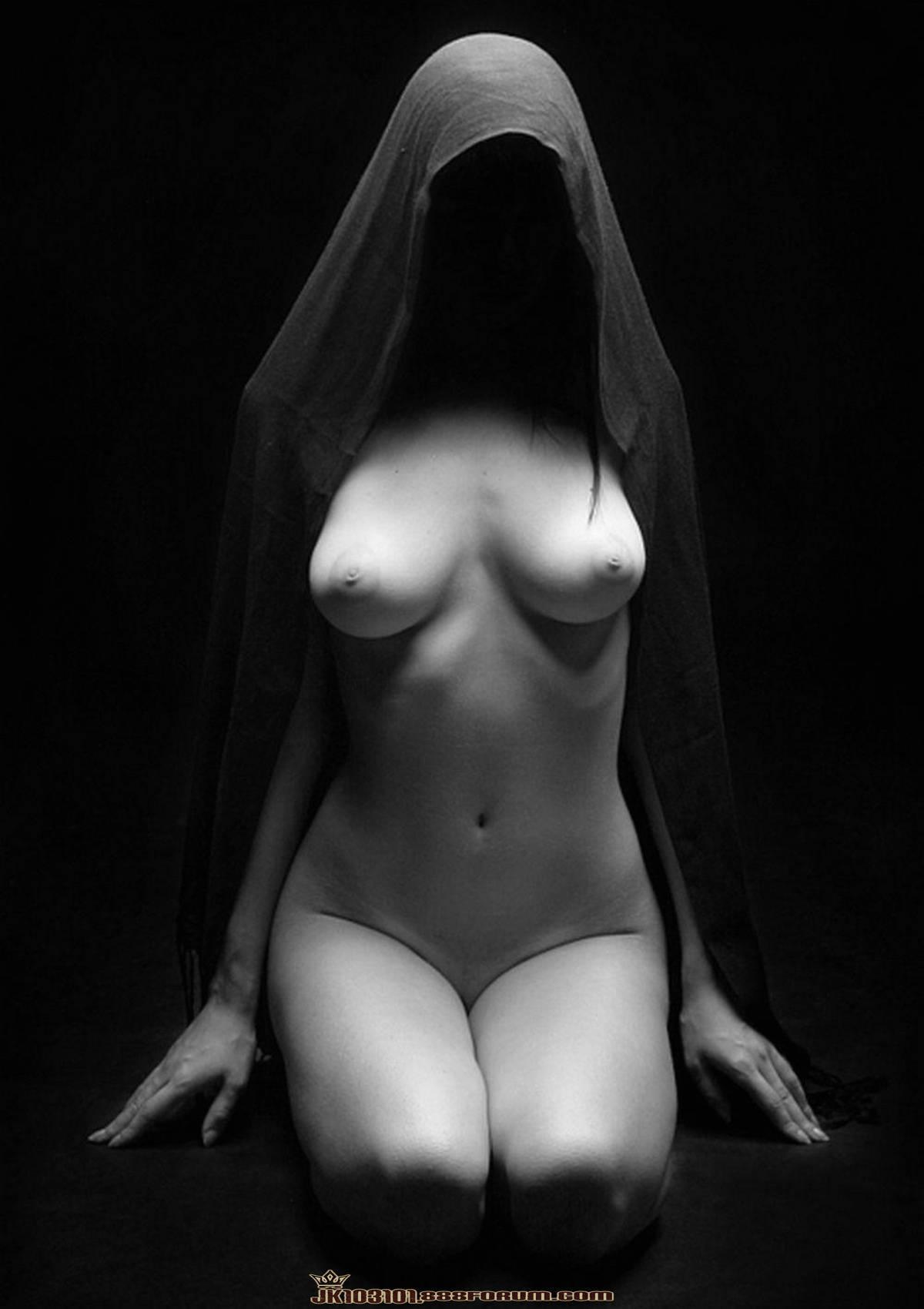 Эротические фото девушек тень 19 фотография