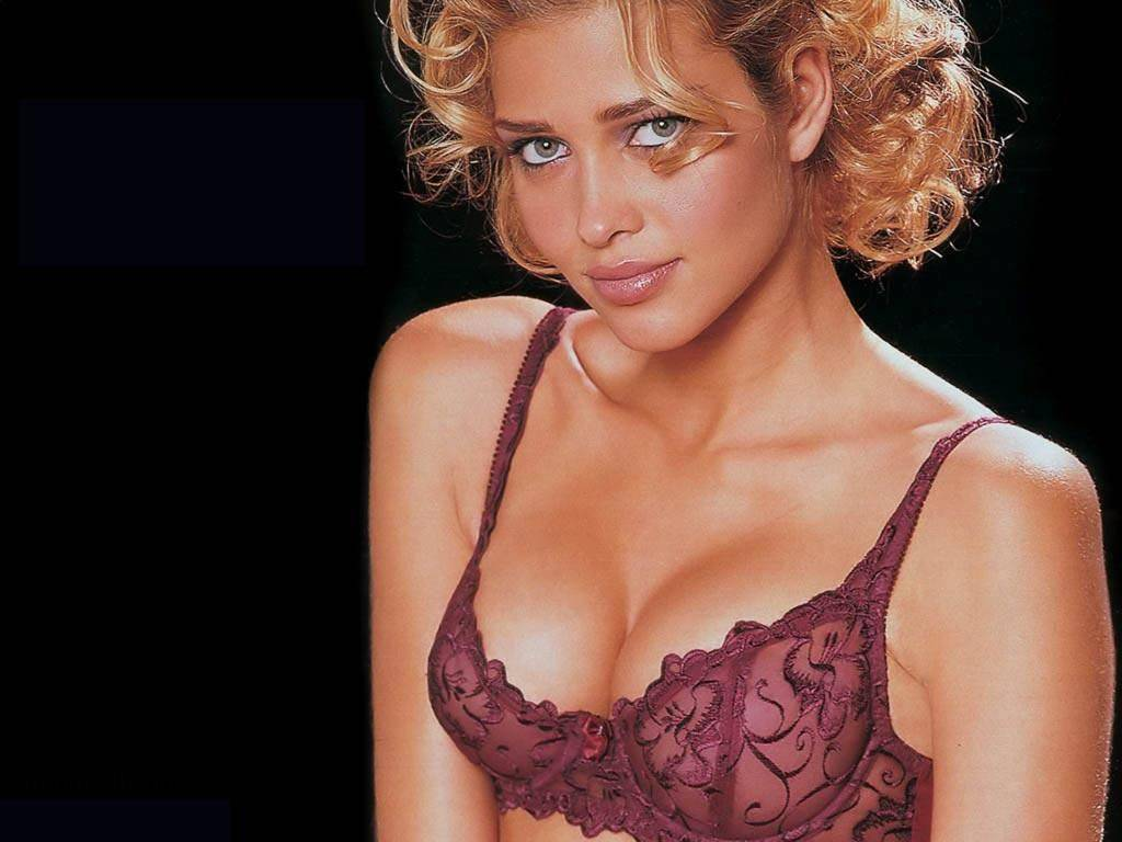 Piękna modelka Ana Beatriz Barros 20