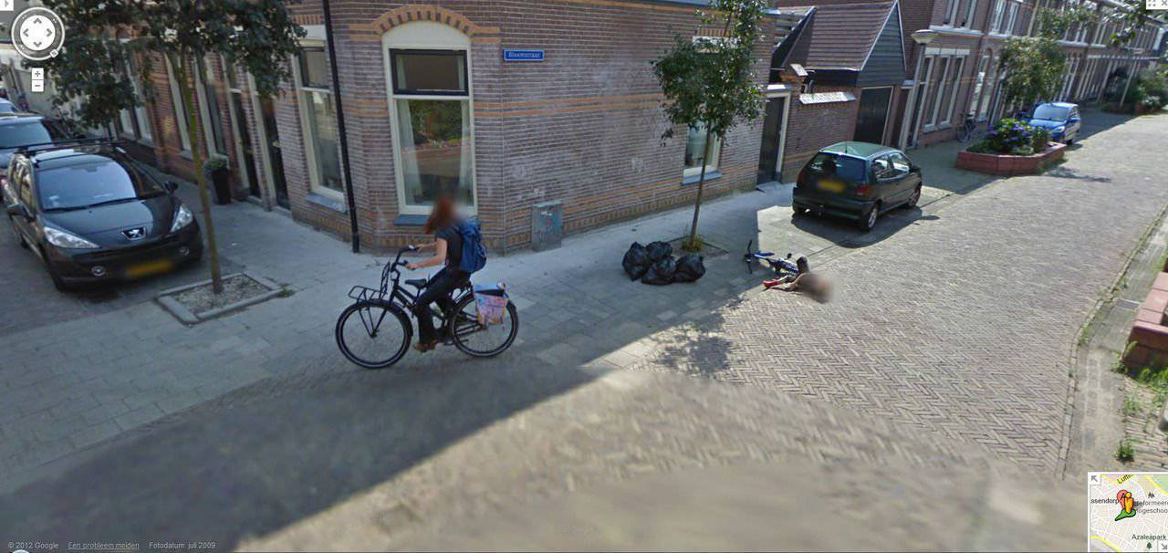 Nietypowe sceny z Google Street View #3 22