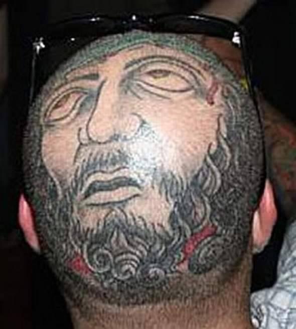 Z serii dziwne tatuaże: oczy dookoła głowy 13