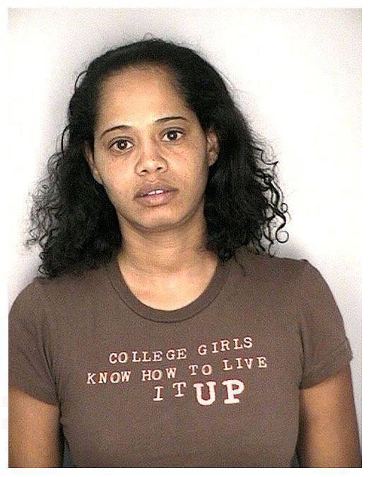 Aresztowani w ironicznych koszulkach 46