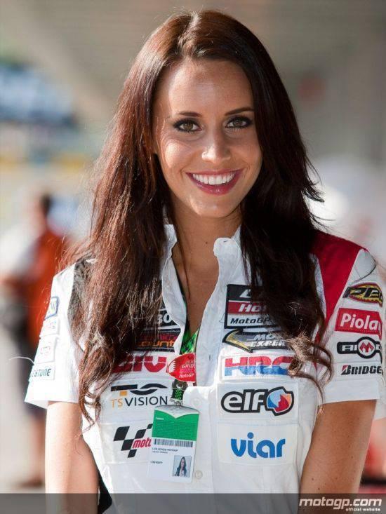 Dziewczyny z MotoGP 2010 57