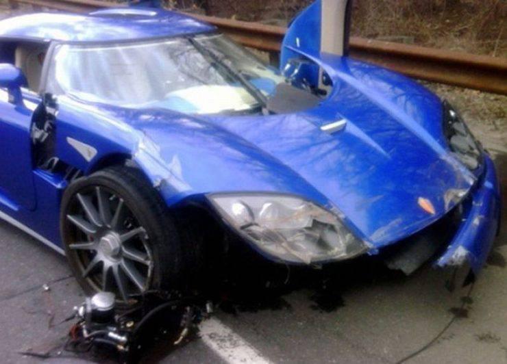 Wypadki najdroższych samochodów 36