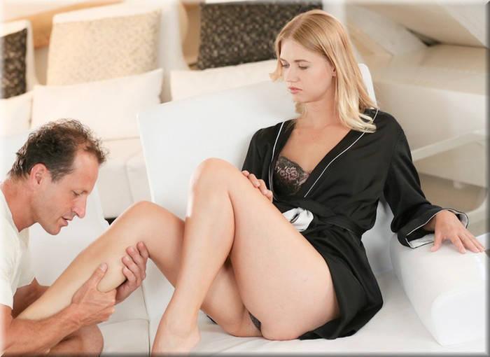 Которая как оказалось очень опытная и даст фору любой порно актр.