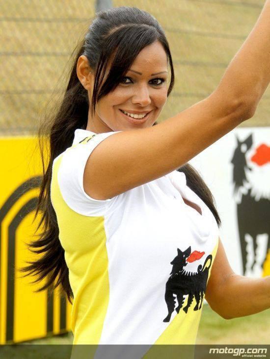 Dziewczyny z MotoGP 2010 7