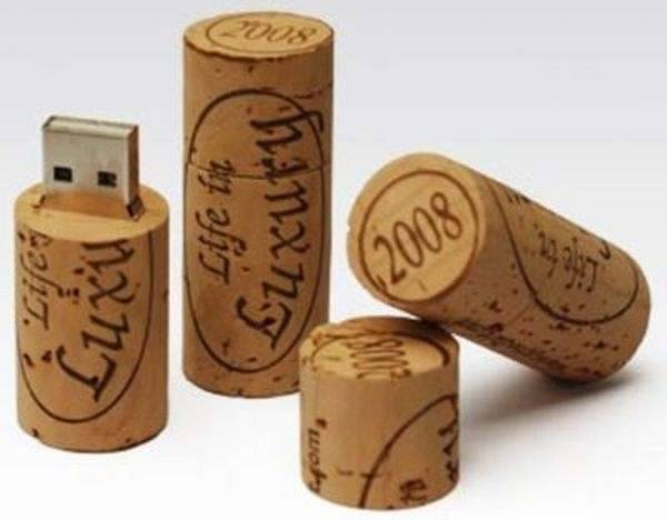 Niecodzienne pendrive'y 17