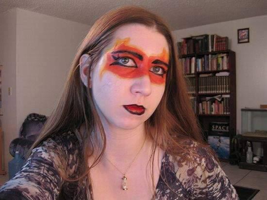 Najdziwniejszy makijaż 13