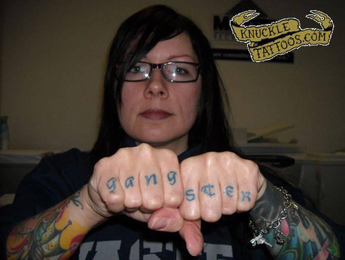 Tatuaże na kostkach 21