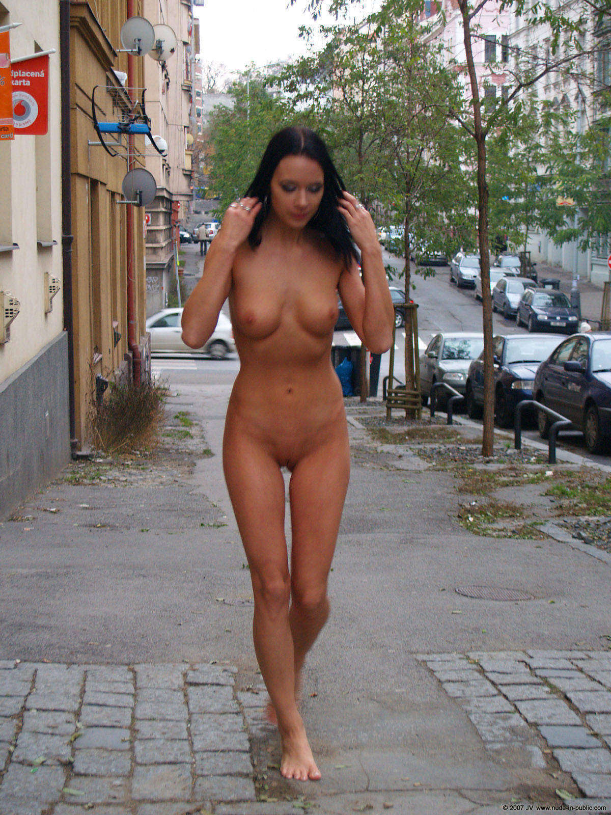 Xxx nacked on the street hentia photo