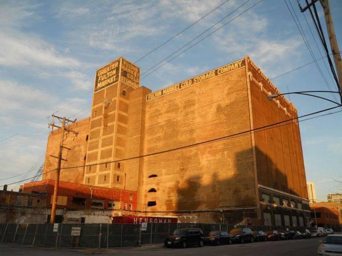 Zamrożony budynek 1