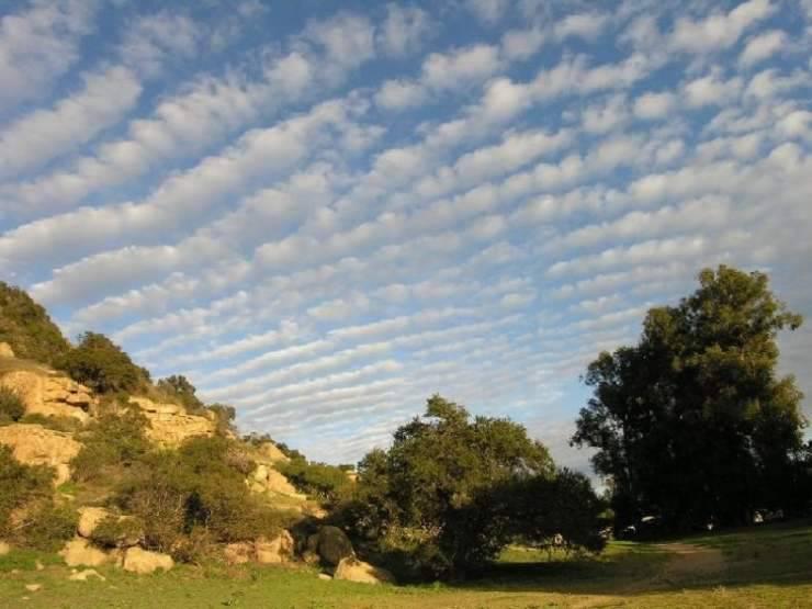 Nietypowe kształty chmur 8