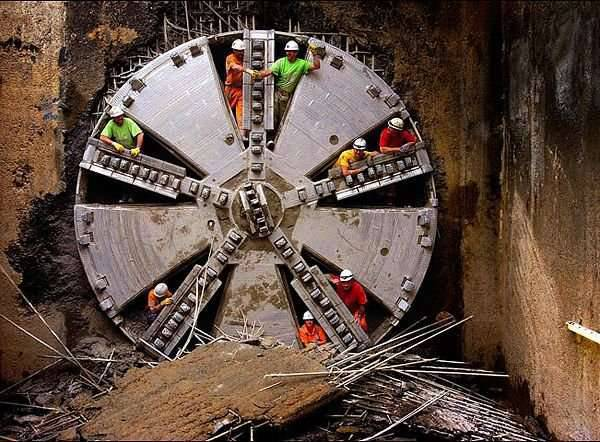 TBM - maszyny-krety drążące tunele 9