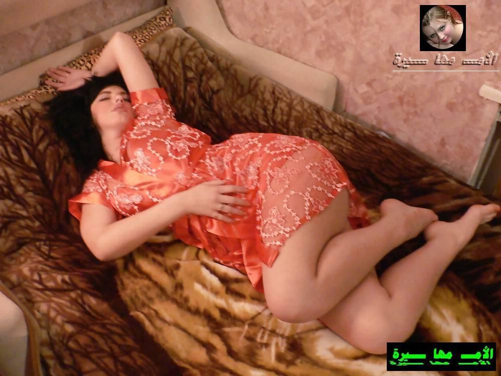 девушки в ночнушках нагнувшись частное фото