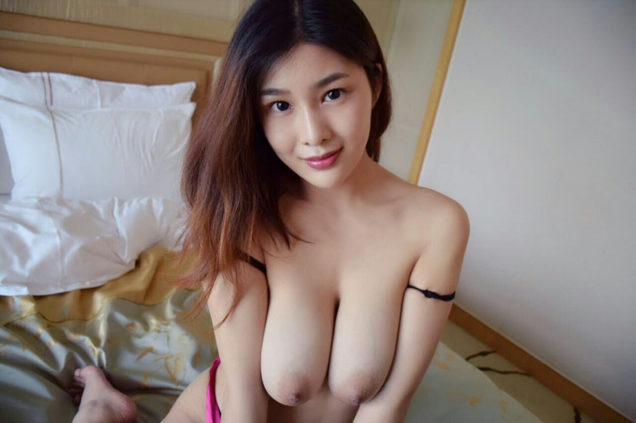 Vip Babes  daily updated glamour pornstar babes galleries