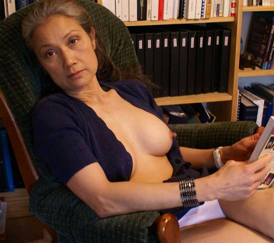Film sex cucu sama nenek