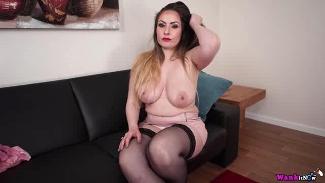 WankItNow 18 03 29 Sophia Delane A Special Treat XXX