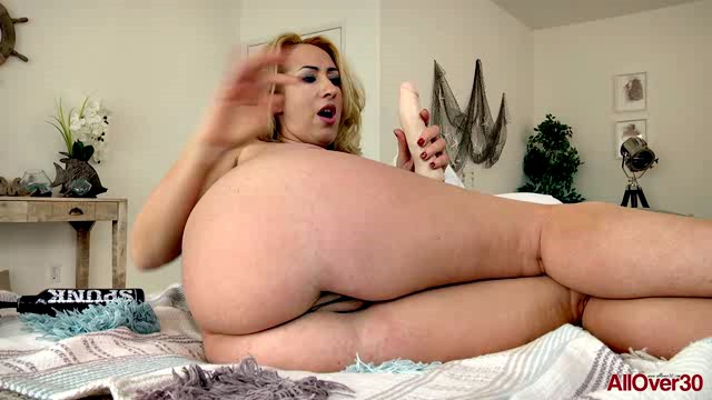 AllOver30 18 04 12 Janna Hicks XXX