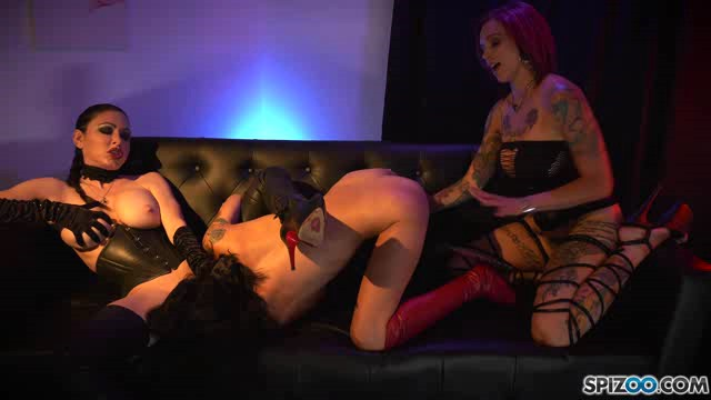 Spizoo 18 09 10 Destiny Loved Got Caged By Anna Bell Peaks And Jessica Jaymes XXX