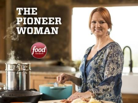The Pioneer Woman S21E05 Quarterback Training 720p HDTV x264-W4F