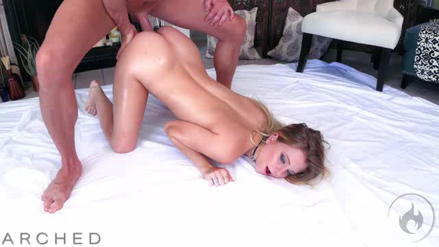 Free Download HouseoFyre 19 10 18 Riley Star Arched XXX XviD-iPT Team